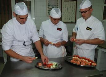 Alumnos de la Escuela de Hostelería de la ESENGRA