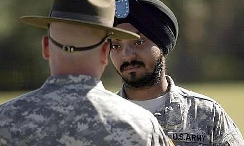 Militares con turbantes