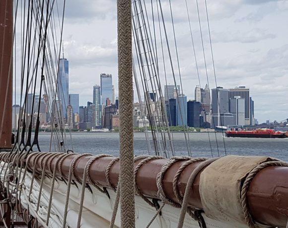 Elcano recala en Nueva York durante su 89º crucero de instruccíón