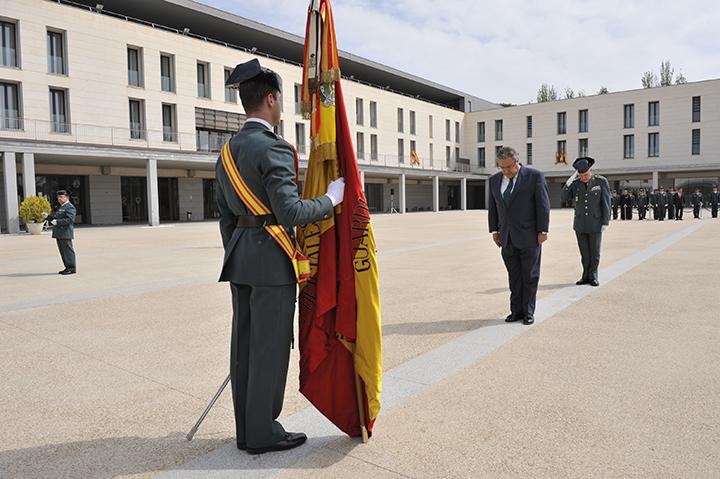 El ministro del interior visita la academia de oficiales for Ministro de interior actual