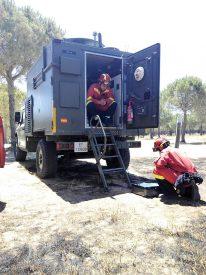 Actuaciones en el incendio de Moguer, cercano a Doñana. Foto: UME.