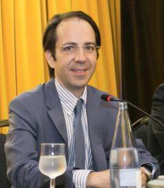 El doctor en Derecho, Gerardo Pérez Sánchez.