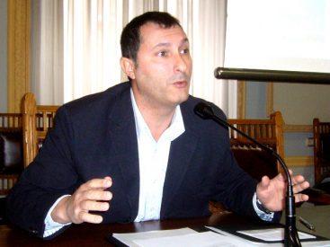 Santiago Carrasco, ingeniero técnico informático, destinado en la Policía, y profesor de CISDE.