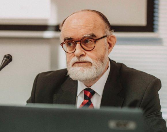 José Domínguez León.